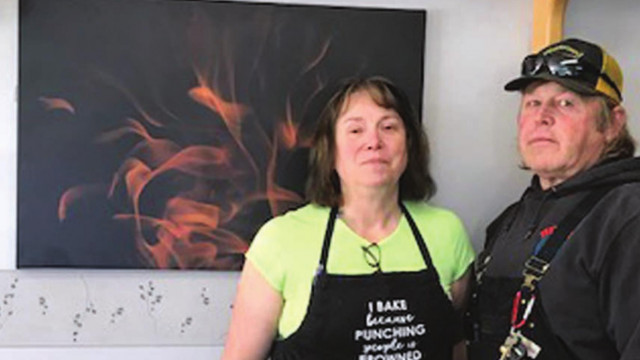 Top That Eatery becoming a showcase for local artists